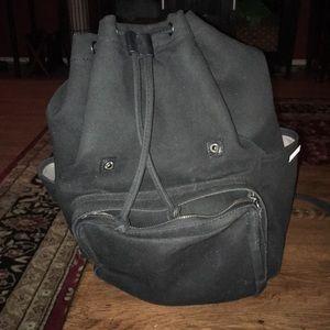 Black cotton backpack Everlane